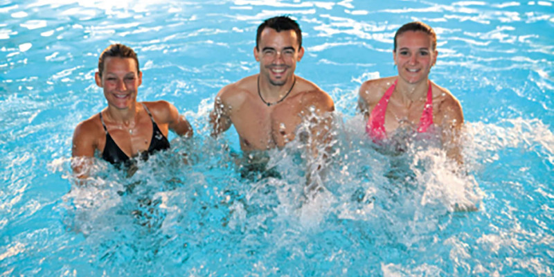 Aqua Fitness aquagym seance exercices video1